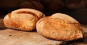 ambachtelijk gebakken brood